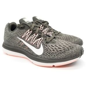 Nike Air Zoom Winflo 5 Running Shoes Gray Sz 8